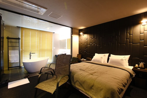 LOUIS BOUTIQUE HOTEL, Jinhae