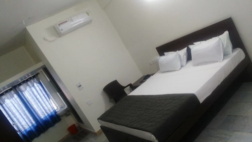 Hotel Paradise inn, Erode