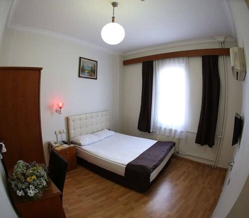 Hotel Ugurlu, Şehitkamil