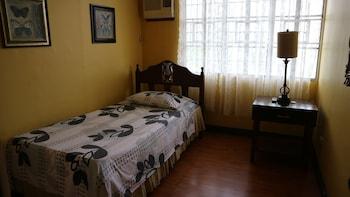 CIELO VISTA BED AND BREAKFAST Room