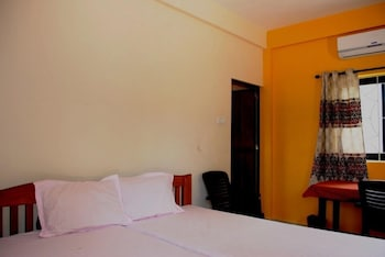 BLUEBERRY DOUBLE OCCUPANCY ROOM WITH OPEN TERRACE IN FRONT