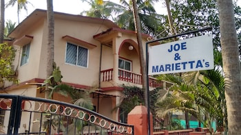 Hotel - Joe and Marietta's Guesthouse