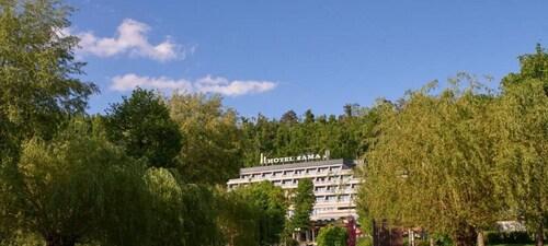 . Postojna Cave Hotel Jama