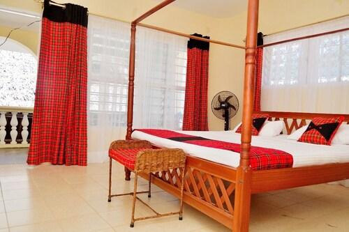 Maasai Restaurant and Resort, Kisauni