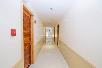 ZEN ROOMS BURGOS STREET VIGAN Hallway
