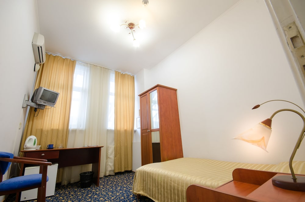 Отель «Семь дней» в Киеве