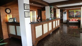 ROSVENIL HOTEL Reception