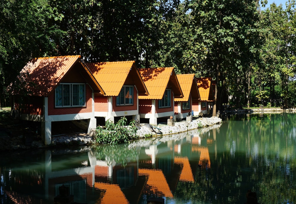 Phrom Prathan Resort