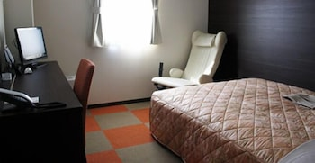 Single Room, Women only, Non Smoking (West wing)