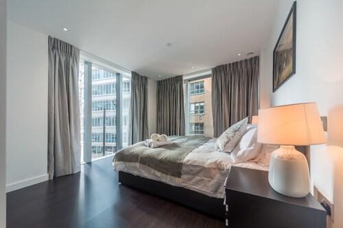Royal Apartments - City of London, London