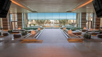 Hotel - Saadiyat Rotana Resort and Villas
