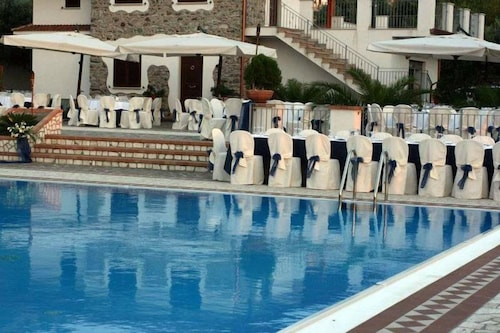 __{offers.Best_flights}__ Hotel Gaudio