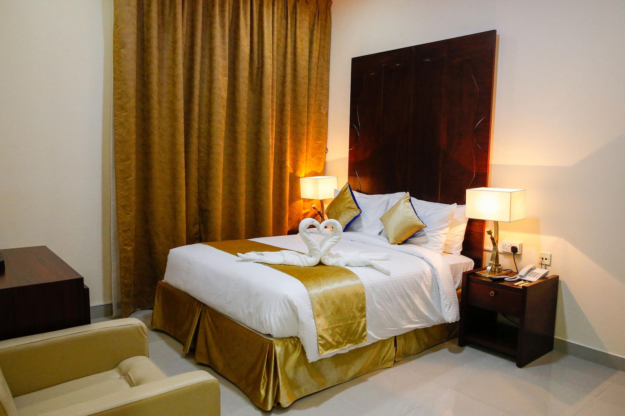 OYO 334 Sh Hotel,