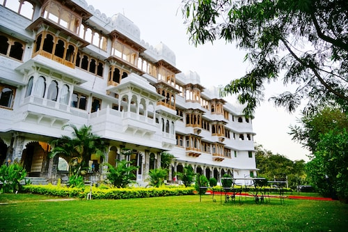. Kanj The Haveli Resort