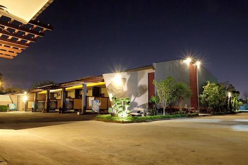 N2 Pattaya Resort, Bang Lamung