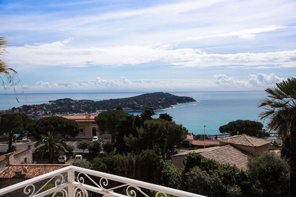 Wonderful Villa with panoramic sea view