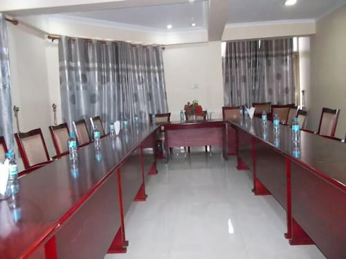 Don Suite Hotel, Ilala