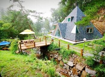 フェンソン ピラミッド ペンション (Hoengseong Pyramid Pension)