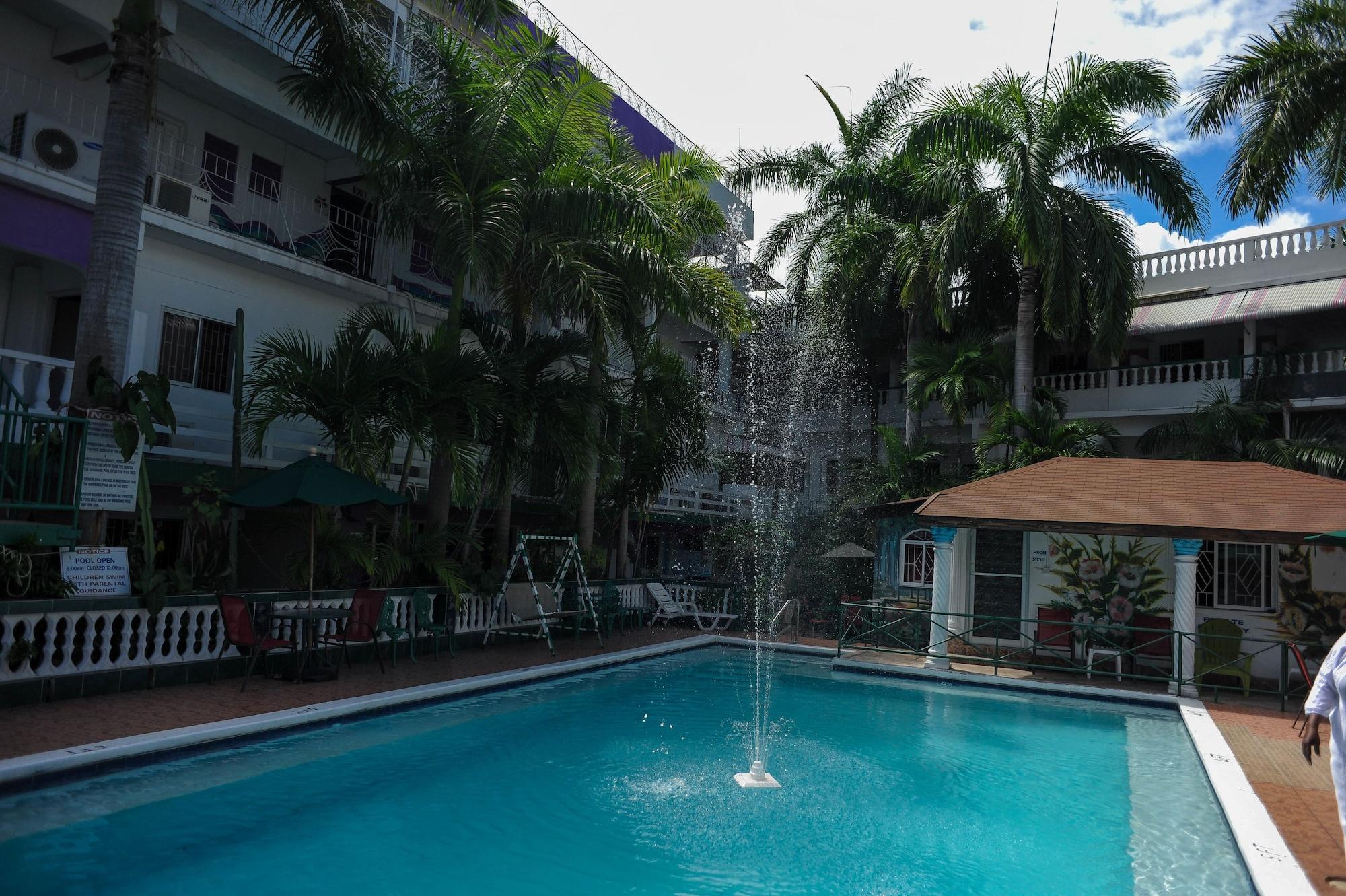 Gloriana Hotel,
