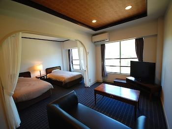 Modern Japanese-style Room Family Room, Non Smoking