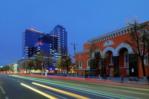 Voronezh Marriott, Novousmanskiy rayon