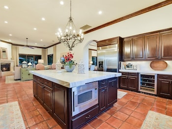 Brandon House #143553 - 5 Br Estate