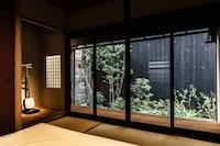 KIRAKU KYOTO NISHI ROKKAKU (FUKUNE)