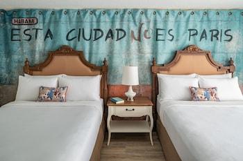 Room, 2 Queen Beds (Havana)