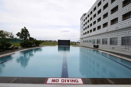 . Hotel Naveen