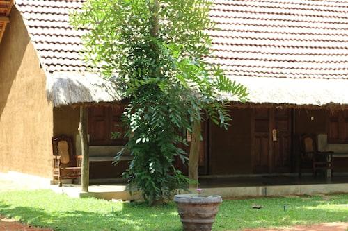 Ama Villa, Hingurakgoda