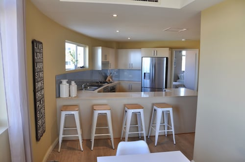 Luxury Beach Escape 90mins from Sydney, Wyong - South and West