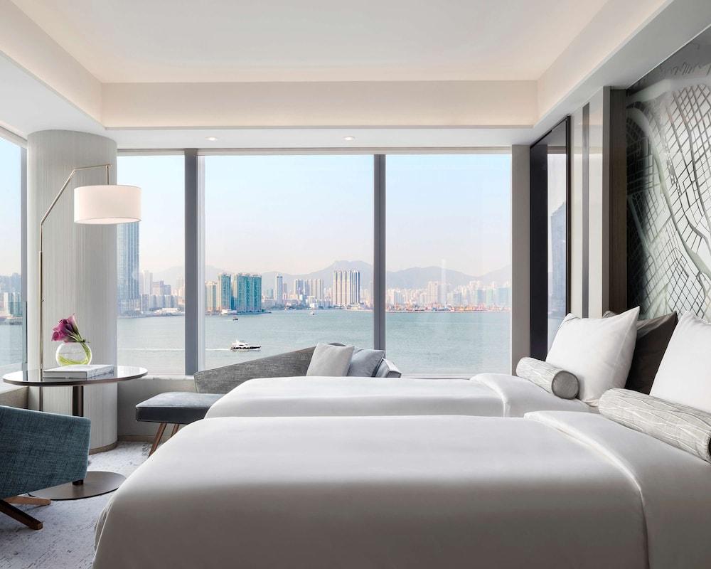 https://i.travelapi.com/hotels/22000000/21320000/21318800/21318769/67019656_z.jpg