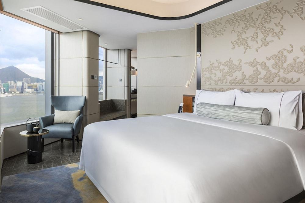 https://i.travelapi.com/hotels/22000000/21320000/21318800/21318769/f6024cdd_z.jpg