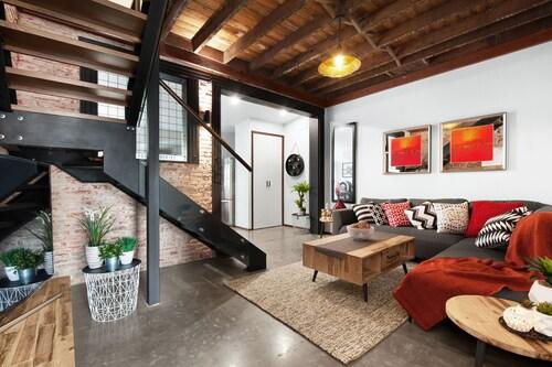 UNIQUE - New York Loft Style Townhouse, Newcastle - Inner City