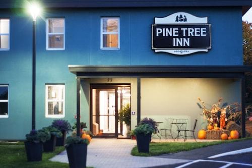 . Pine Tree Inn
