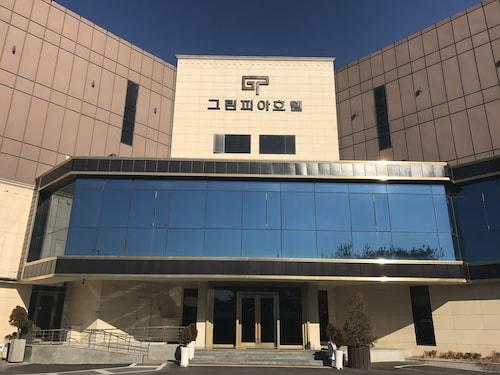 Hotel Greenpia, Hwaseong
