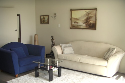 Ascot Holiday Home, Invercargill