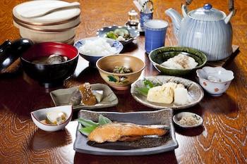 TOSHIHARU RYOKAN Food and Drink