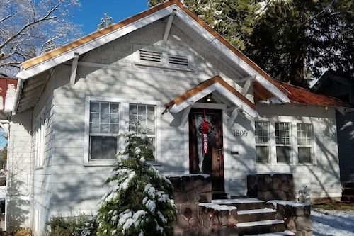 Copper Smarthouse-Gourmet Kitchen, Klamath