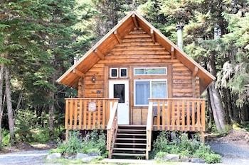 Alyeska Hideaway Log Cabins-Glacier Cabin