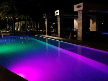 CONDO UNITS PICO DE LORO HAMILO COAST Outdoor Pool