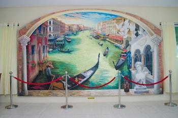PARADISO RITO WATERFRONT OASIS Interior Detail