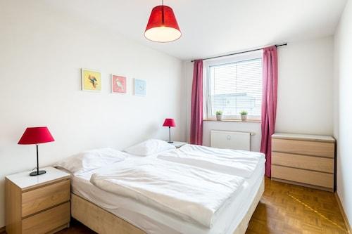 APARTMENTS GRAZ OPERATED BY HOTEL B&B, Graz