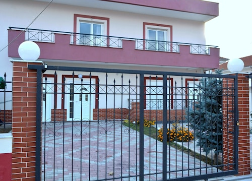 Sunilio Apartment, Pogradecit