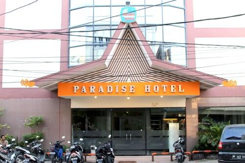 . Paradise Hotel