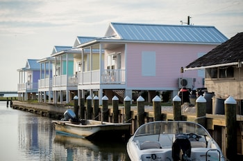 Key West Cottages on the Chincoteague Bay