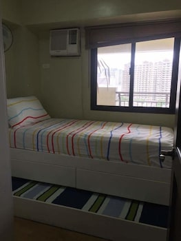 YOUR HOME AWAY FROM HOME ROYAL PALM Room