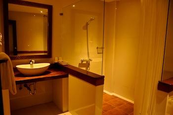 MANGO VALLEY HOTEL 2 Bathroom
