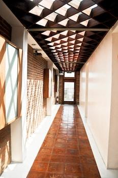 MANGO VALLEY HOTEL 2 Hallway