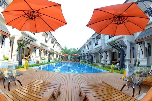 Shwe Taung Tan Hotel Lake View, Monywa